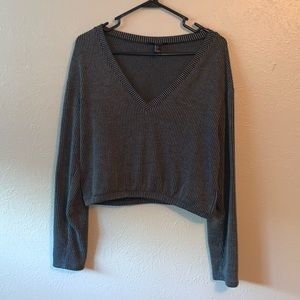 Forever 21 - Gray Long Sleeve Crop Top